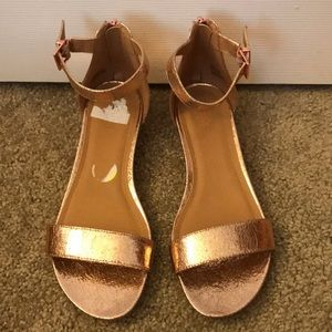 Kenneth Cole reaction rose gold sandals